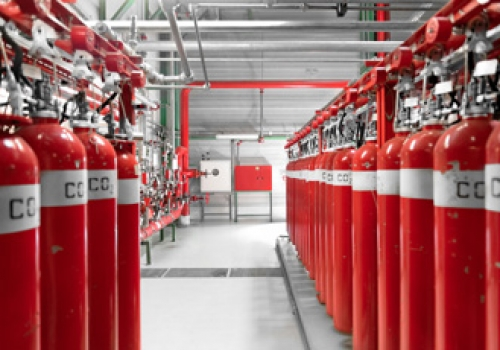 Each colocation suite / Data Hall is equipped with a high sensitive smoke sampling detection system.